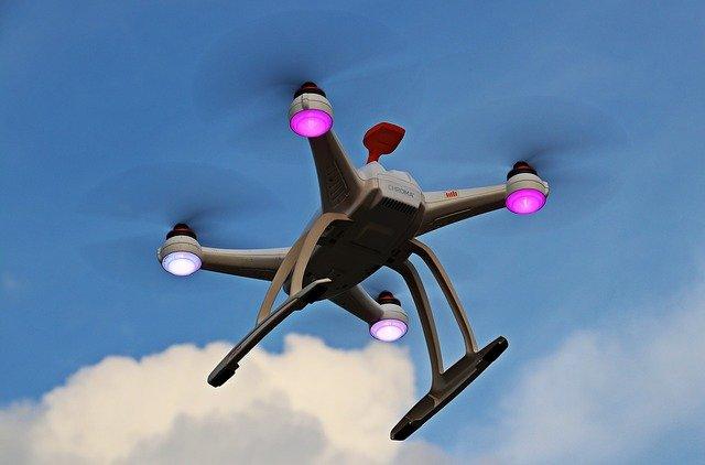 mraky nad quadrocopterem