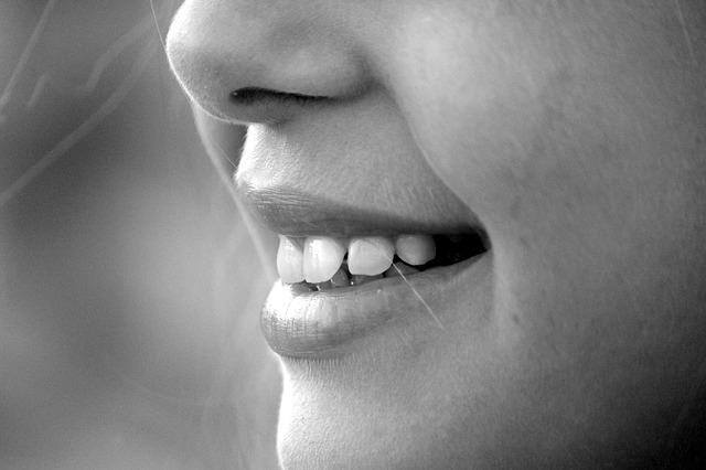 srovnat zuby