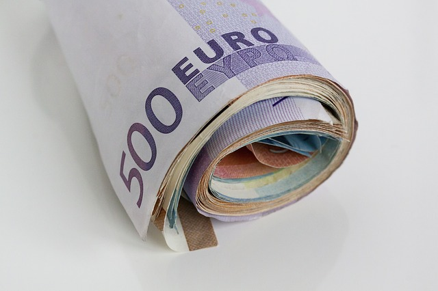 rolička euro bankovek