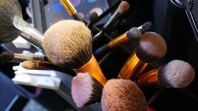 Kosmetické štětce