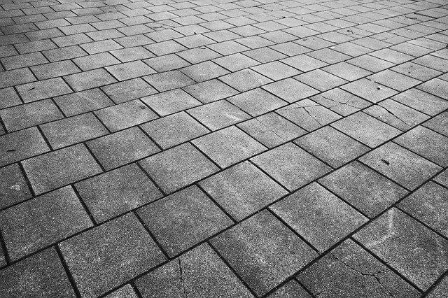 dlažba z betonu