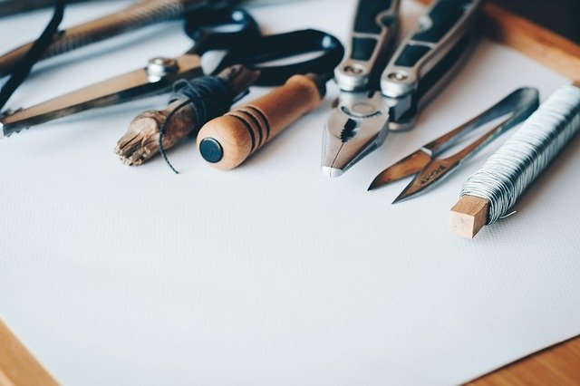 nástroje ruční práce